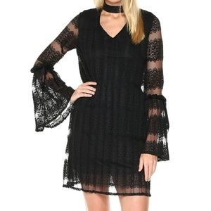 NWT Black Lace Choker Bell Sleeve Pleated Dress